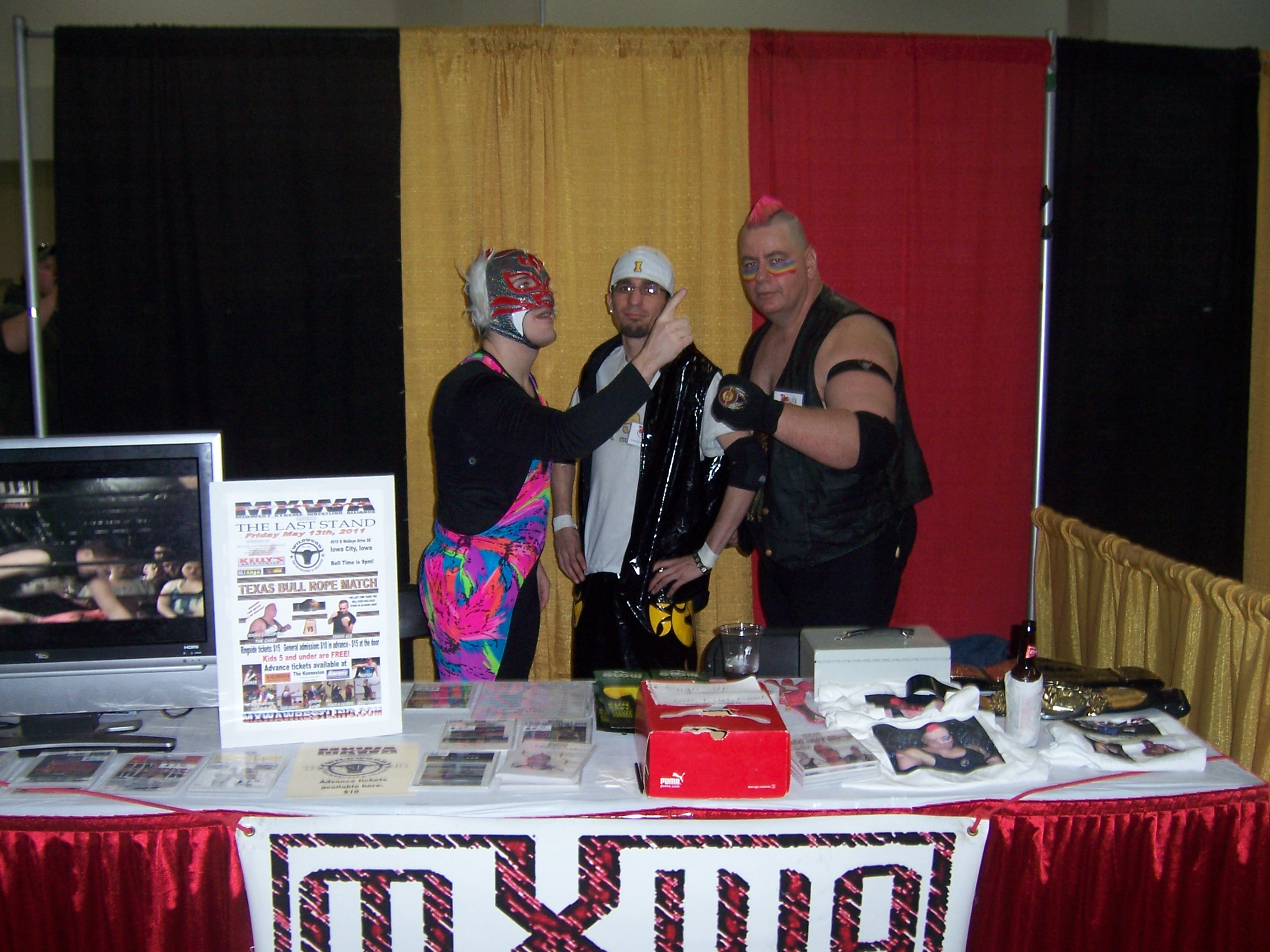 midwest xtreme wrestling alliance